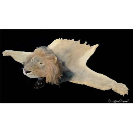 León artificial para  atrezzo